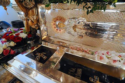 Рака с мощами святой Матроны. Фото twlwsist.appspot.com