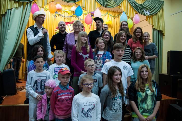 Группа «Re1ikt» с новыми поклонниками. Фото Анастасии Вереск