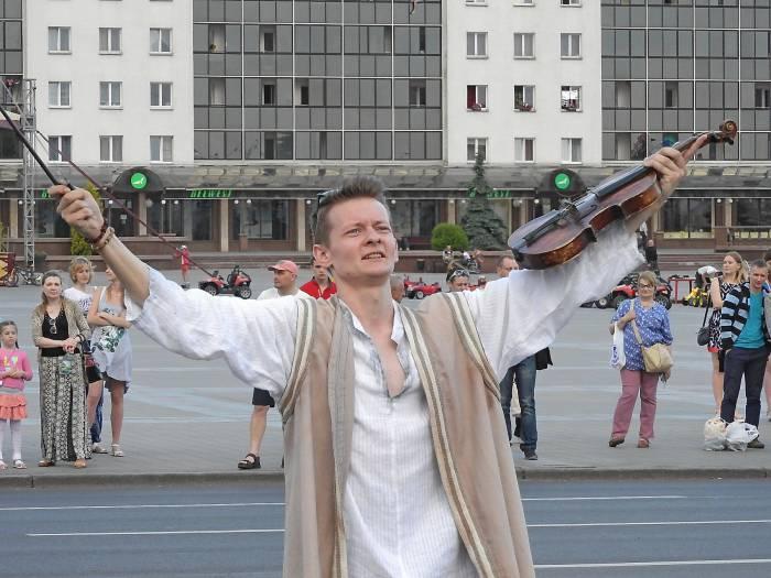 Сымон-музыка (Роман Соловьев). Фото Светланы Васильевой