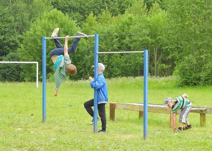 Спортивный час в лагере. Фото Светланы Васильевой