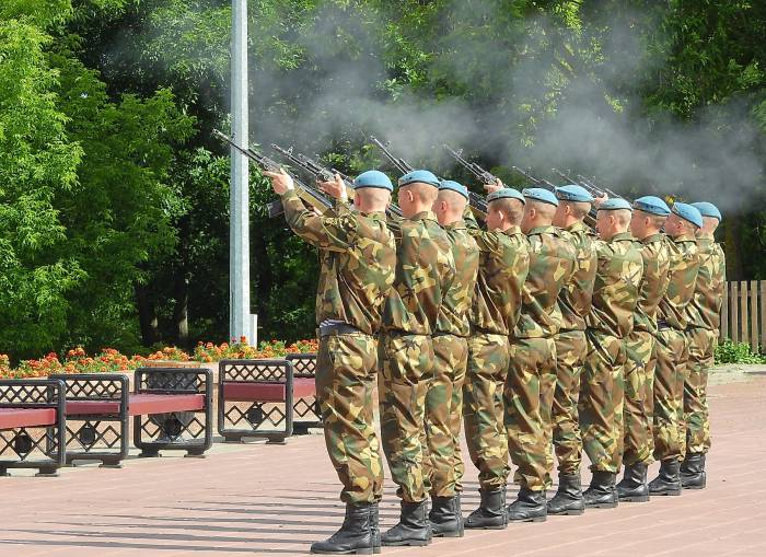 воинский салют