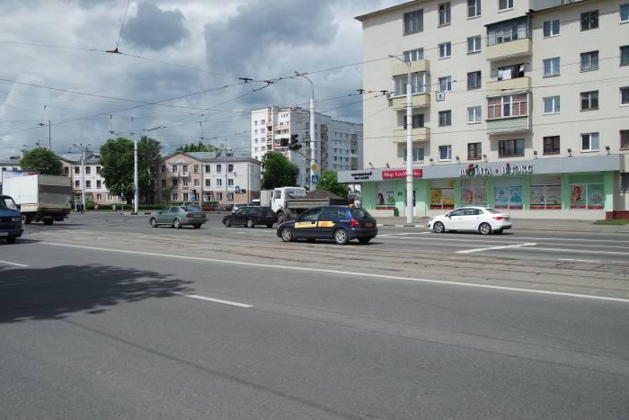 перекресток проспектов Фрунзе и Людникова. Фото Владимира Боркова
