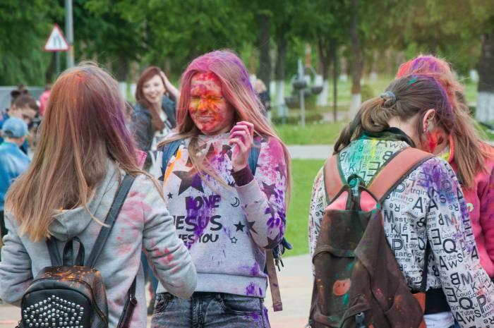 Залпы красок могут быть очень неожиданными. Фото Анастасии Вереск