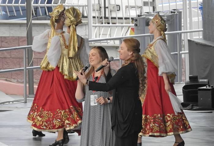 Марина Девятова и Варвара спели дуэтом. Фото Светланы Васильевой