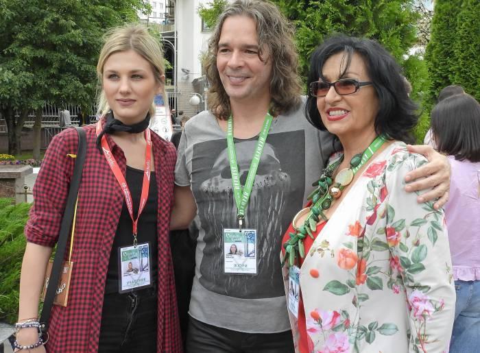 Участница конкурса из Сербии Невена Божович, Филип Жмахер и Йорданка Христова. Фото Светланы Васильевой