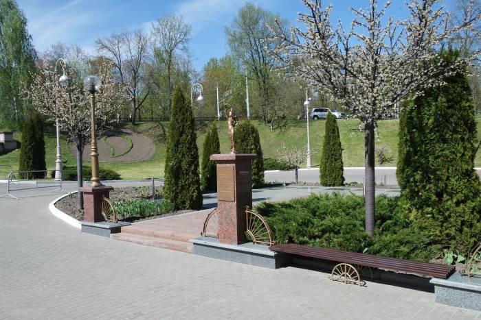 Площадь звезд перед Летним амфитеатром в Витебске. Фото Владимир Борков