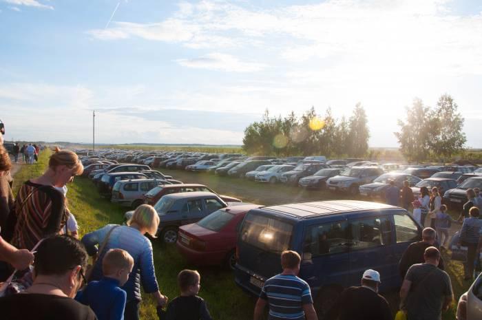 Количество машин впечатляет. Фото Анастасии Вереск