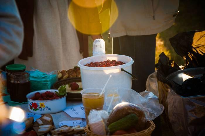 Угощения с народным колоритом. Фото Анастасии Вереск