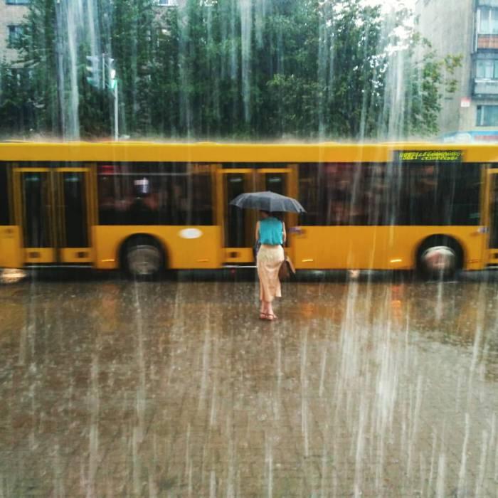 Автобус - как спасение в Минске. Фото из соцсетей