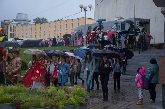 Начало парада. Фото Анастасии Вереск