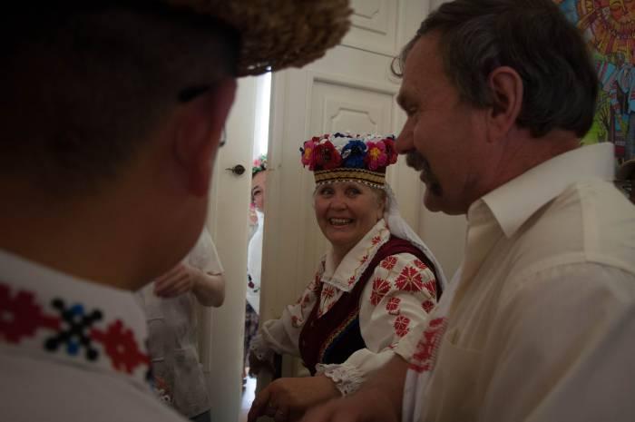 Выкуп невесты. Фото Анастасии Вереск