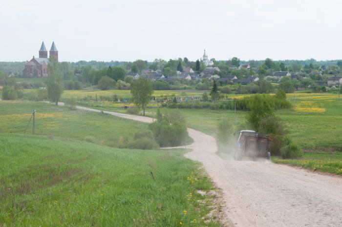 деревня поле