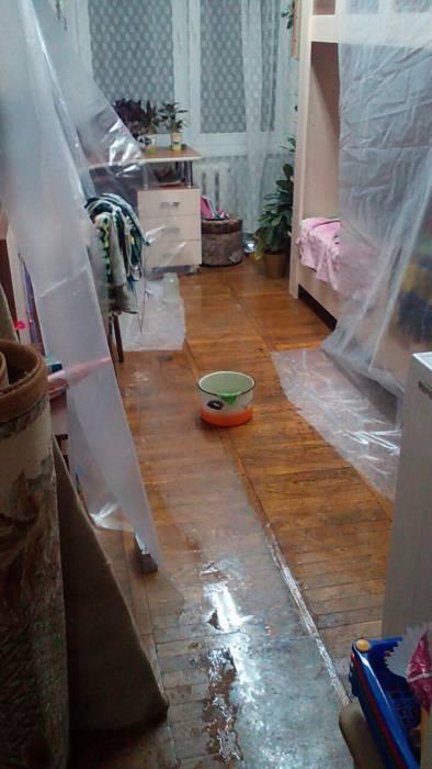 Ночью в комнате детей шел дождь. Фото Ирины Дашкевич