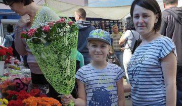 Цветы к 1 сентября. Фото Светланы Васильевой