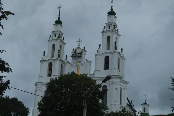 Полоцк красят и реставрируют. Фото Владимир Борков