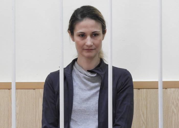Ольга Степанова отказалась от фото и видеосъемки во время оглашения приговора. Фото Светланы Васильевой
