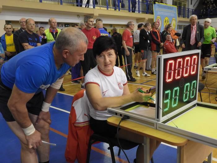 Анна Левандовска, многократная чемпионка мира по гиревому триатлону, судья соревнований. Фото Светланы Васильевой