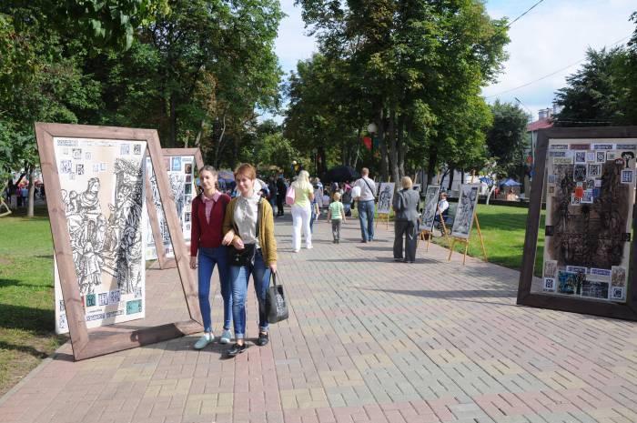 Инсталляция на полоцких улицах. Фото Анастасии Вереск