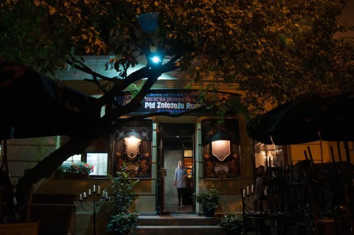 """Еврейский ресторан """"Под золотой розой"""". Фото Анастасии Вереск"""