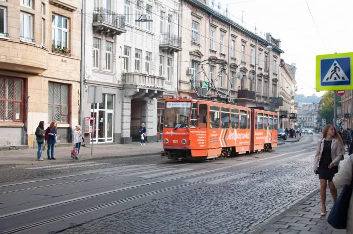 Старый львовский трамвай. Фото Анастасии Вереск