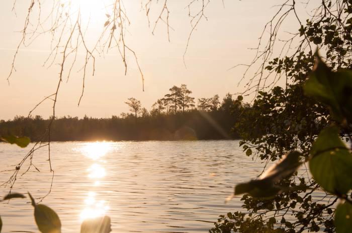 Озеро Черное на рассвете. Фото Анастасии Вереск