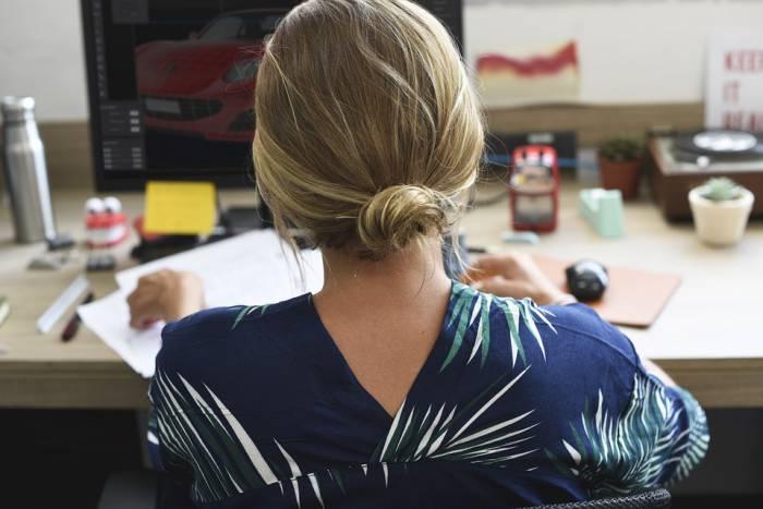 женщина офис
