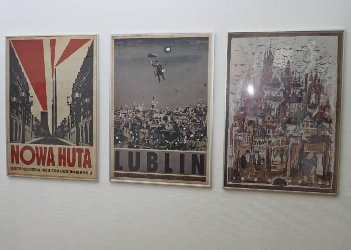 Серия плакатов «Польша». Фото Светланы Васильевой