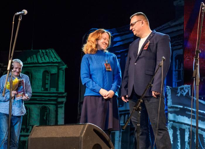 Марина Алексеева и член жюри Олег Сешко. Фото Светланы Васильевой