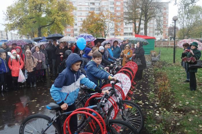 Первые парковщики. Фото Ольга Витебская