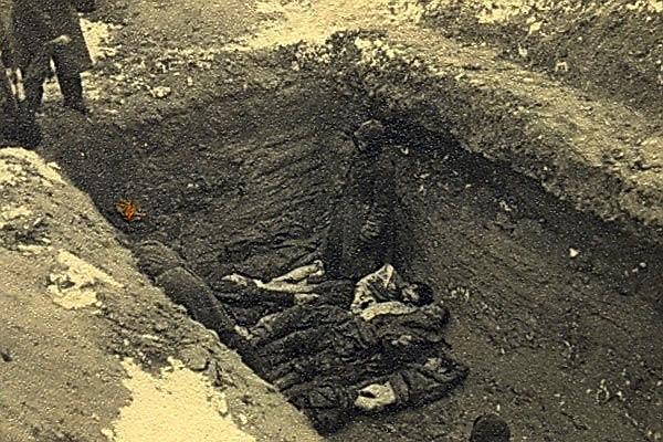 Место расстрела узников Витебского гетто. Фото неизвестного немецкого солдата
