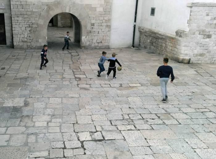 Игра в одни ворота, церковные! Фото Игорь Куржалов