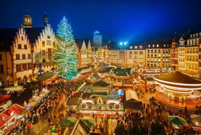 13 лучших новогодних елок Европы 2017 года