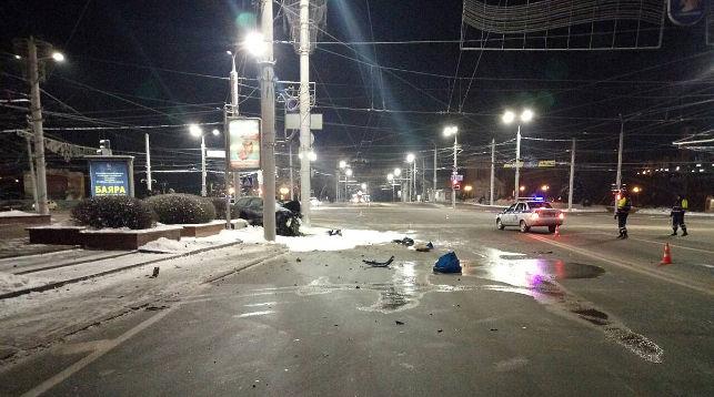 Смертельное ДТП в центре Витебска: Форд угнали со стоянки на проспекте Фрунзе, возбуждены два уголовных дела