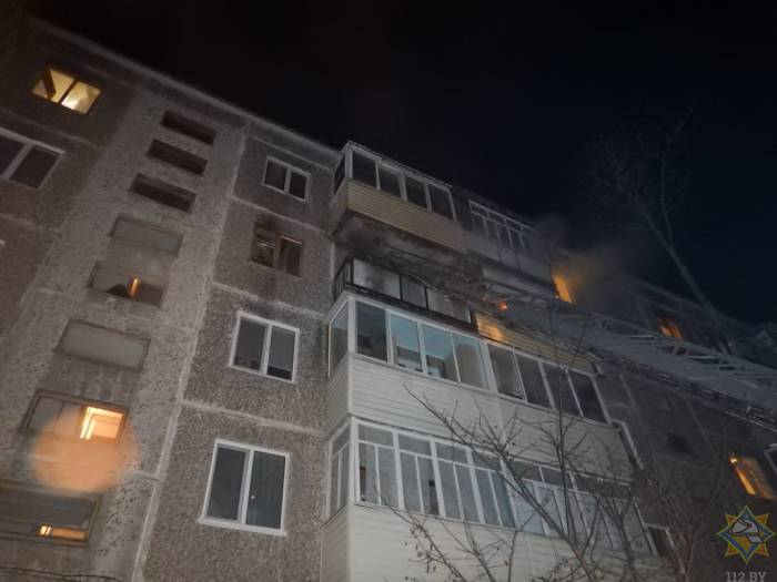 Вчера на пожаре в Новополоцке сотрудники МЧС спасли четырех человек