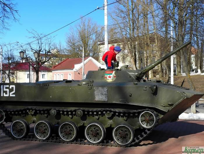 В Витебске через «Куфар» продавали «настоящий танк на ходу без снарядов». Оплату можно было провести даже по карте «Халва»
