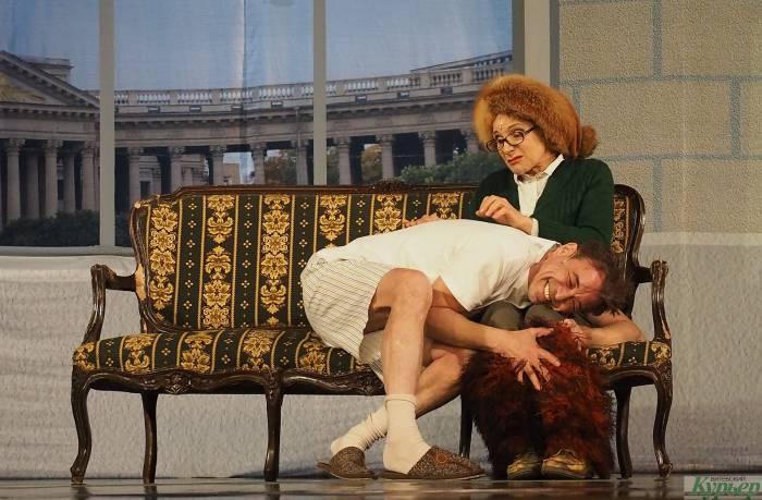 «Близкие люди» в Витебске. Спектакль, который уже давно разобрали на цитаты