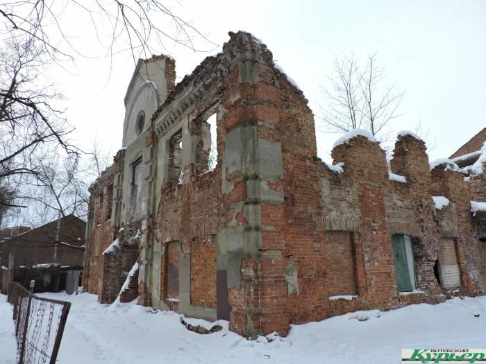 Витебск нетуристический: руины бывшей синагоги и домик служителя