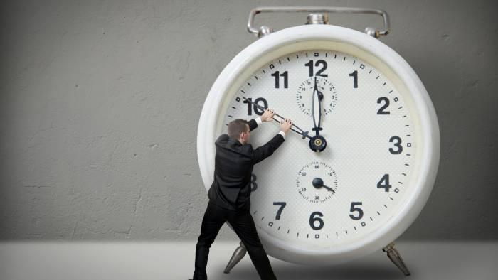 10 интересных фактов про «сдвинутое время»