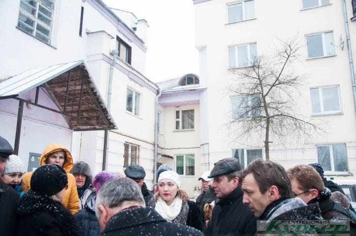 Конфликтная стройка на улице Суворова «сдалась» под напором жильцов