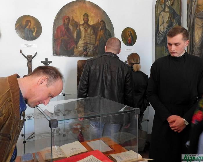 5 раритетов выставки «Аз есмь всему миру свет» в Витебской духовной семинарии