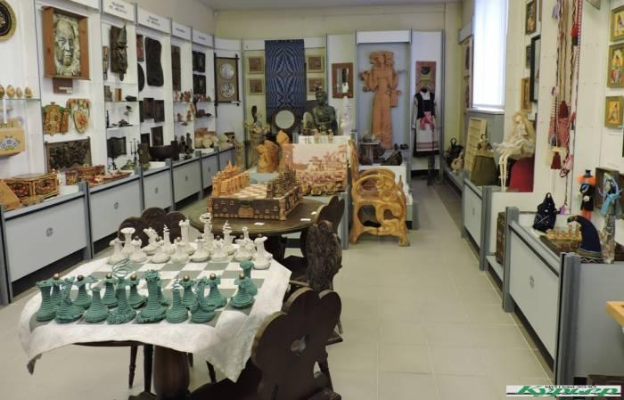 5 интересных экспонатов в музее витебского худграфа