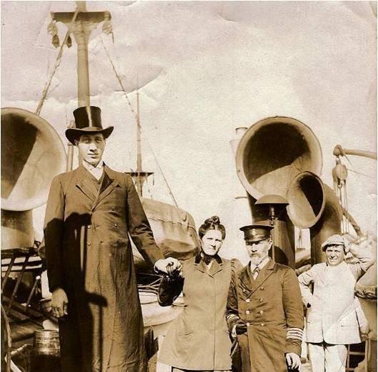 6 уникальных фактов про поездку витебского гиганта Федора Махнова в Америку
