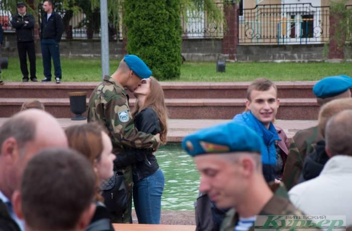 Военная присяга на площади Победы. Как это было, душевно и атмосферно