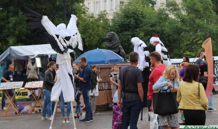 7 необычных персонажей на «Славянском базаре в Витебске»