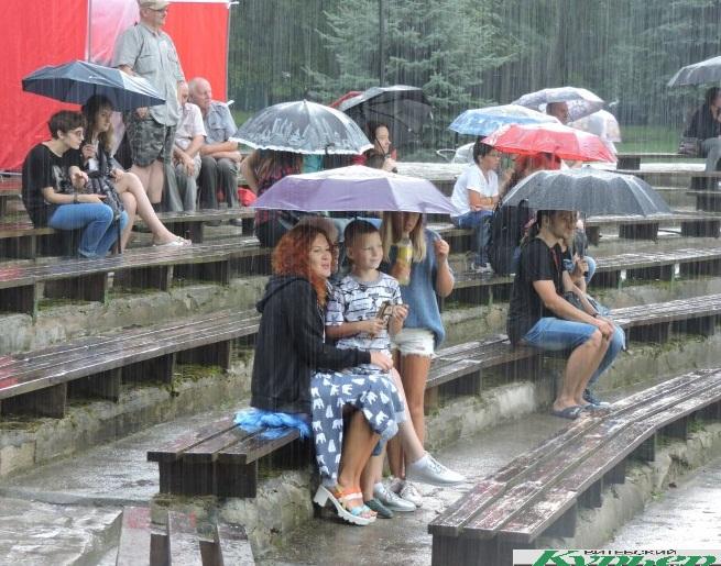 Лепельский цмок и августовский дождь (видео)