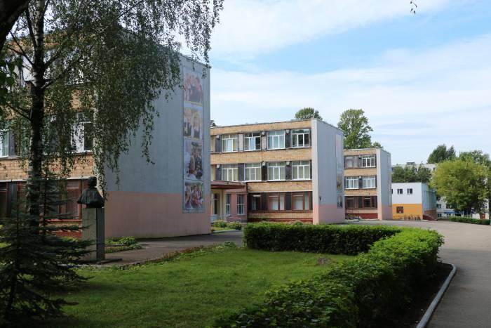 31-й школе города Витебска ровно 50 лет. Как в 1968 году открывали один из самых узнаваемых объектов Московского проспекта