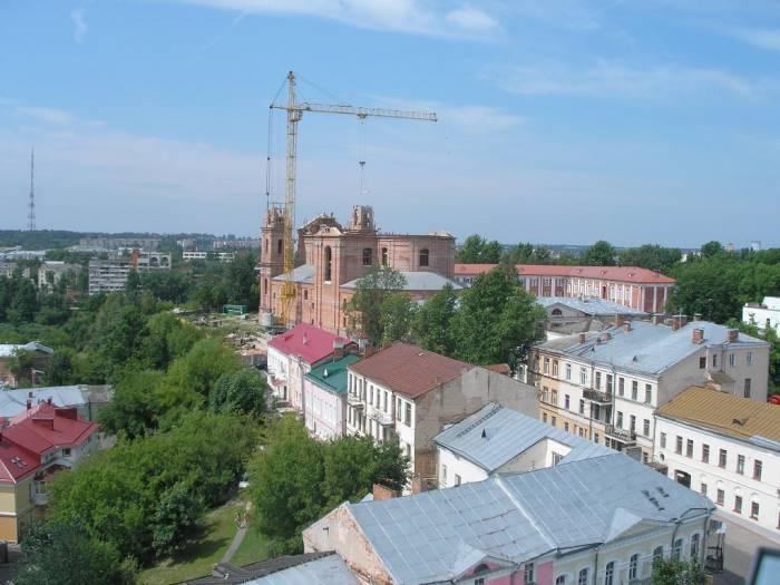 Витебск на фотографиях 10-летней давности: недостроенный Успенский собор и еще не пешеходные улицы Толстого и Суворова