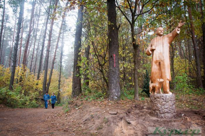 Где в Витебске можно найти Ленина с котом? Идейный вдохновитель: «Зацепите Ильича — будете убирать весь лес!»
