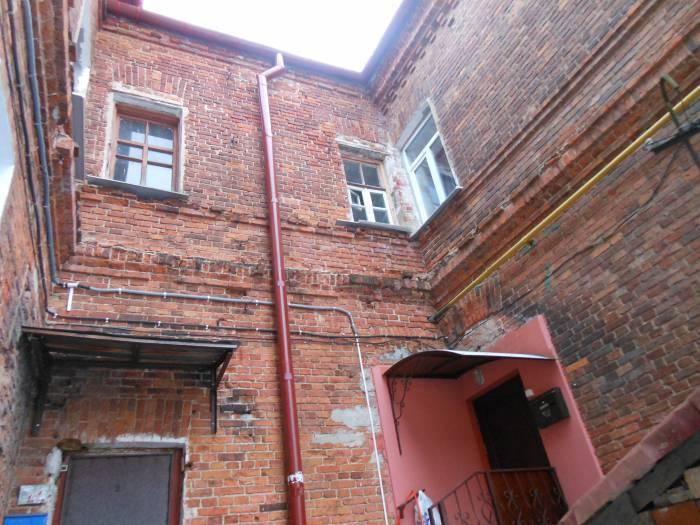 5 дворов-колодцев в Витебске. Где можно поздороваться за руку с соседом из окна напротив