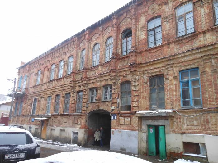 Дом номер 13 на Октябрьской улице. Где в Витебске можно увидеть коммуналки и каким город был до революции